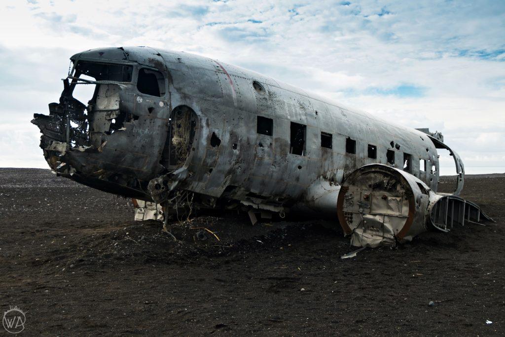 Iceland in 7 days road trip DC-3 plane crash site black beach Sólheimasandur Iceland