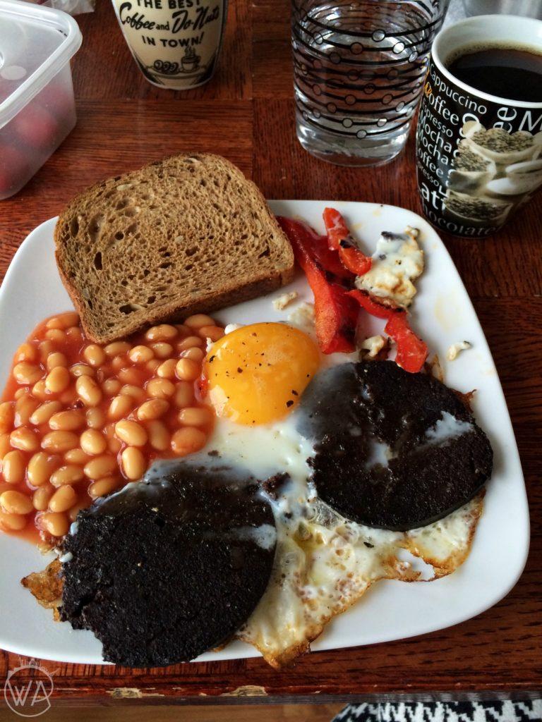 Kuchnia islandzka Islandia jedzenie - Icelandic Slátur breakfast