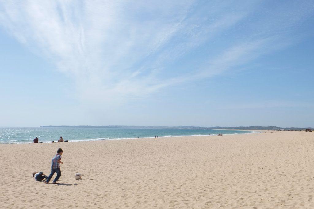 playing in praia dos tres irmaos