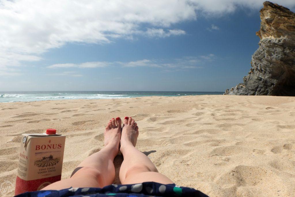 Porto Covo beach wine