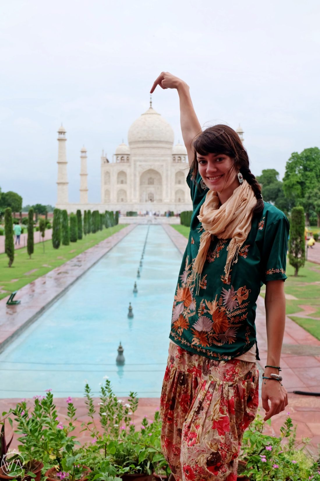 Me in front of taj mahal