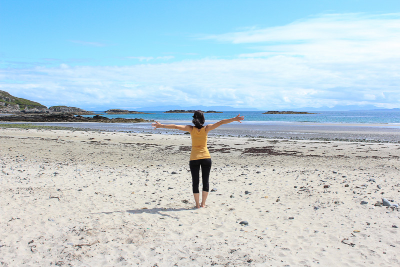 Isle of Mull beach - What to pack for Scotland packing list for 4 seasons