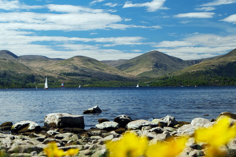 Summer by the Loch Lomond, Scotland - What to pack for Scotland packing list for 4 seasons