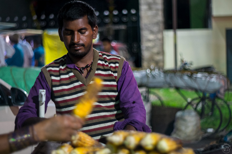 Food sellers in front of the Belur temple