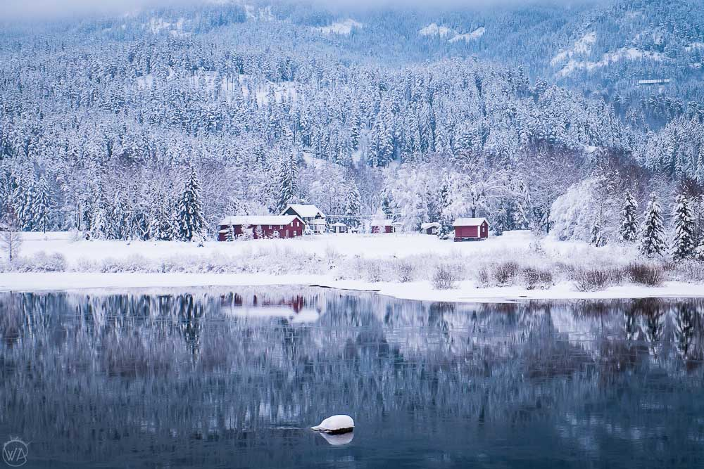 norway winter travel road trip itinerary - Scandinavian architecture in Nesbyen, best places to visit in Norway in winter
