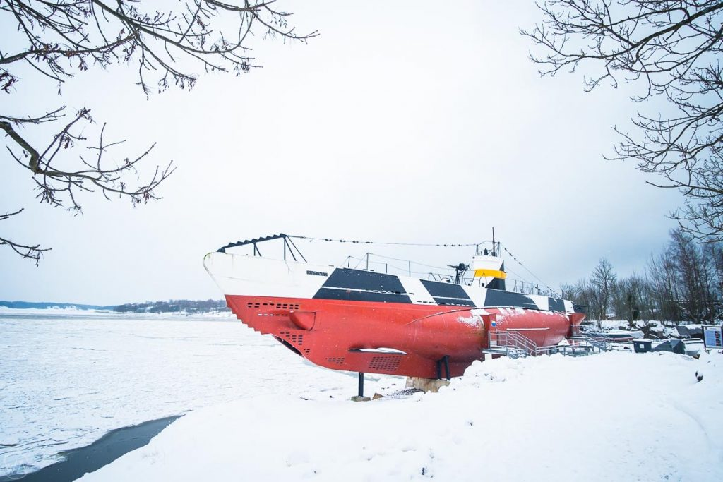 Abandoned submarine, Suomenlinna island