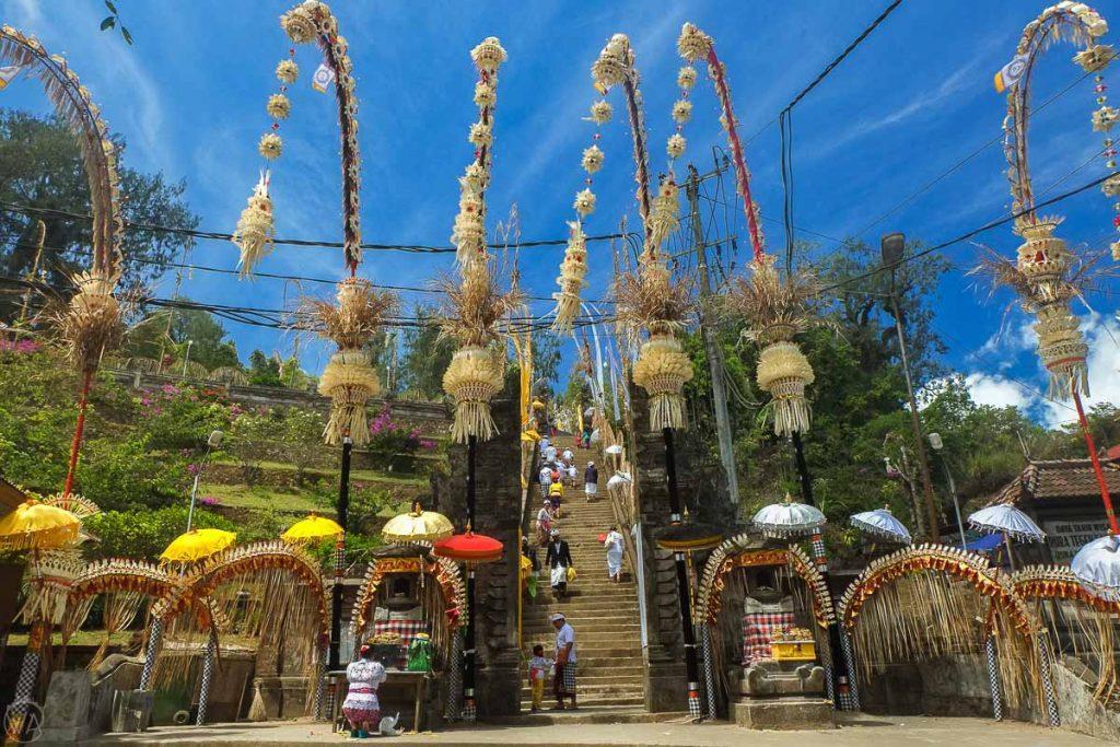 Pura Tegeh Kahuripan, Bali