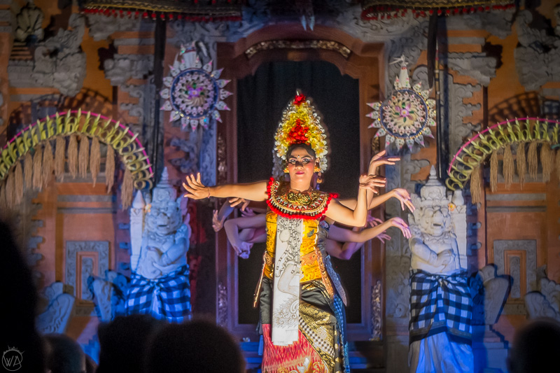 Balinese dance performance - Indonesia 10 days travel itinerary