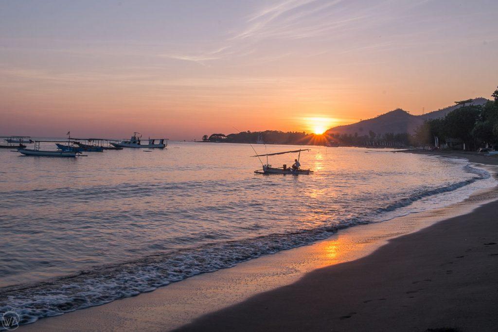 Sunrise in Pemuteran, black beach - Indonesia 10 days travel itinerary