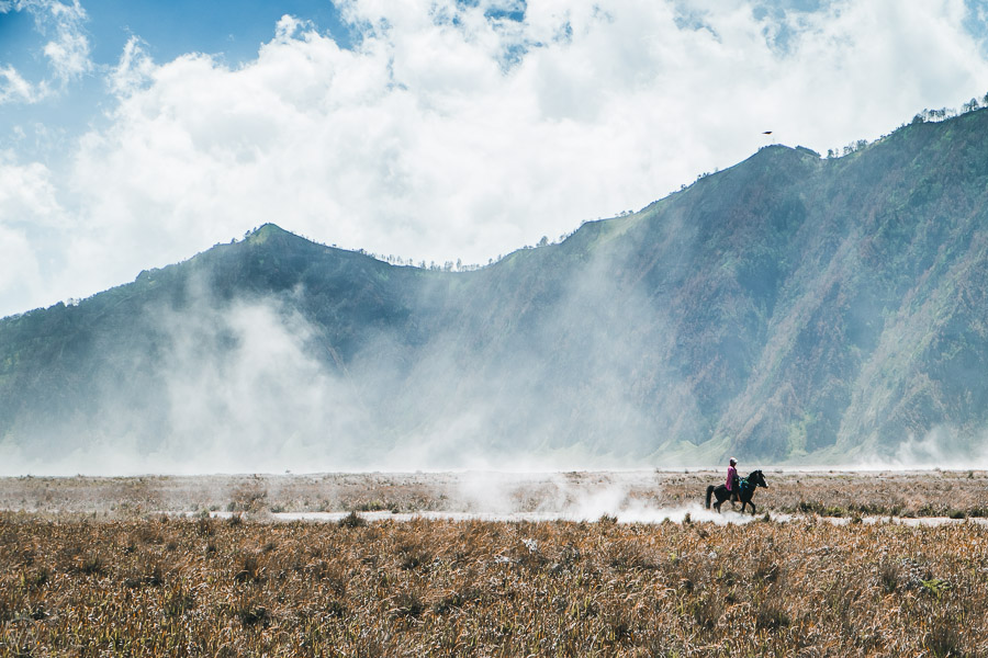 Mount Bromo hike, Crossing the Sea of Sand
