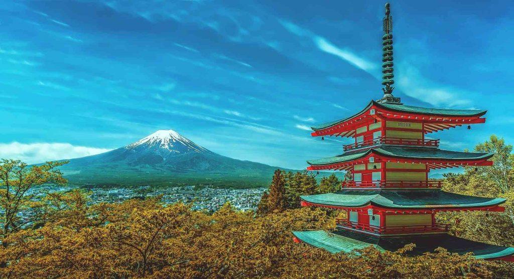 mount fuji volcano hike japan