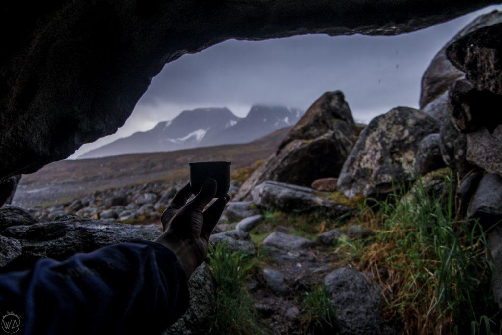 Russehula jaskinia, Senja, Norwegia