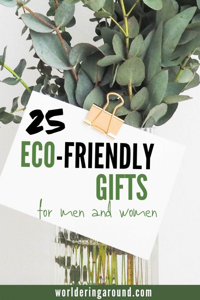 Inspirational list of 25 eco-friendly gifts for men and women. Sustainable gifts for travelers for every budget. Eco-friendly gifts and products for travelers, so your friends and the Earth can all be happy ;-) Eco-friendly gift ideas for women and men, with sustainable wrapping, eco-friendly gifts for Christmas for him and her | Worldering around #sustainable #ecofriendly #gifts #christmas #travel