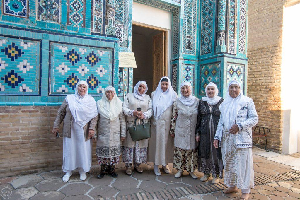 Uzbek ladies visiting Shah-i-Zinda Necropolis in Samarkand, Uzbekistan - Is Uzbekistan safe?