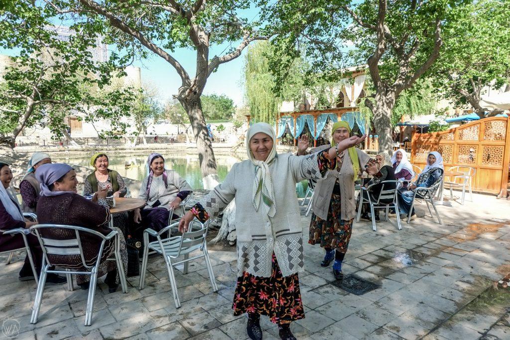 Uzbek ladies dancing in Bukhara, Uzbekistan