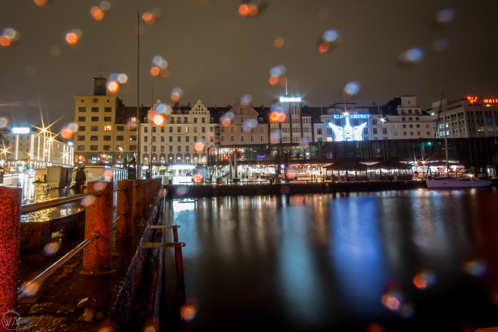 Rainy harbour in Bergen in winter