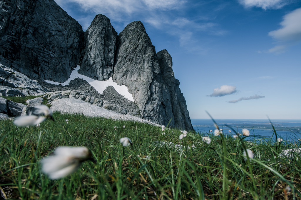 View to Tvillingene, Seven Sisters hike, Norway