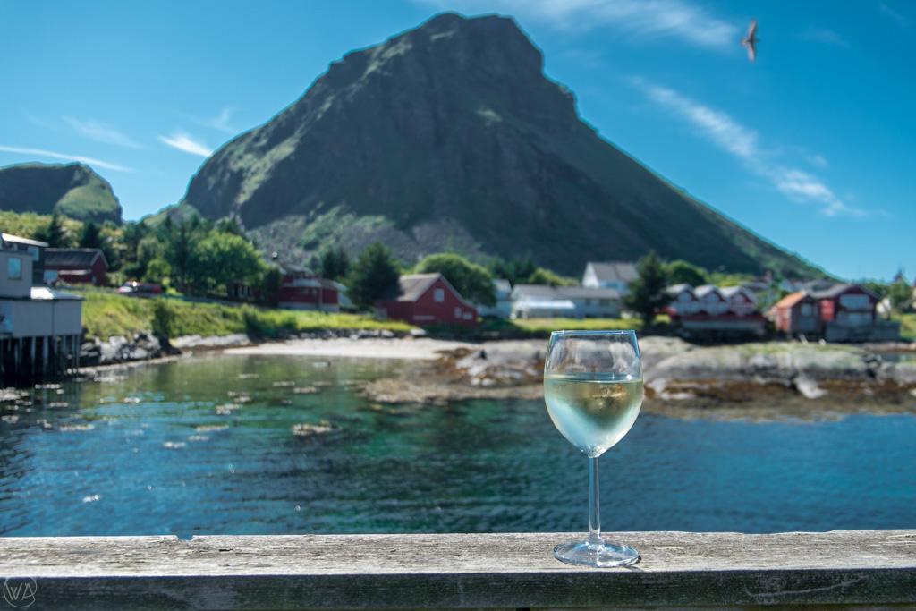 Lovund and wine