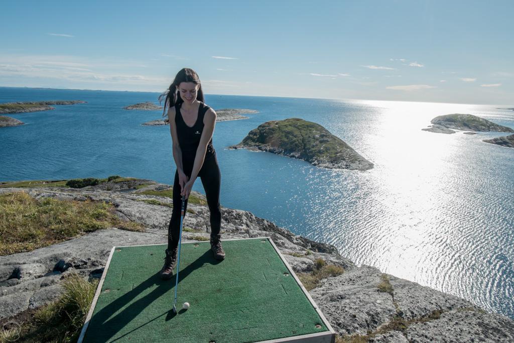 Golf, Lovund, Norway